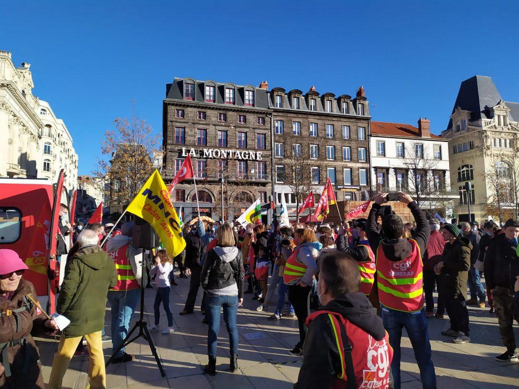 Manifestation contre le chômage et la précarité à Clermont-Ferrand le 05/12 (Chom'actif)