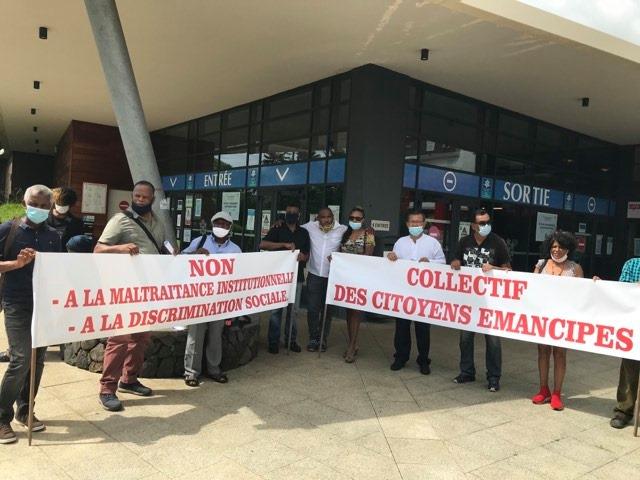 Maillon éco participe à une mobilisation devant la CAF (La réunion)